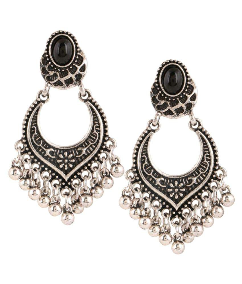 House Of Accessories Silver Hanging Earrings