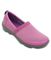d8b63ce38864ac Crocs Women s Footwear  Buy Croc Shoes for Women Online