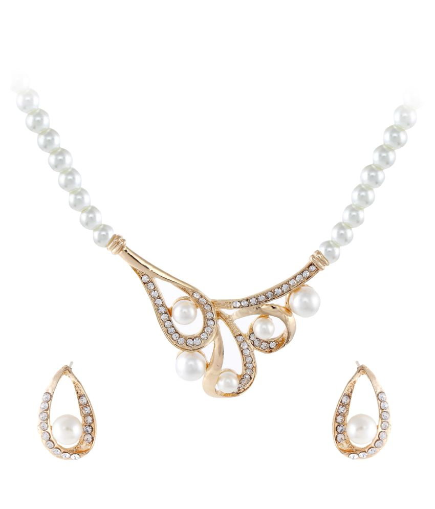 9blings Golden Latest Pearl Cubic Zirconia Gold Plated Necklace Set