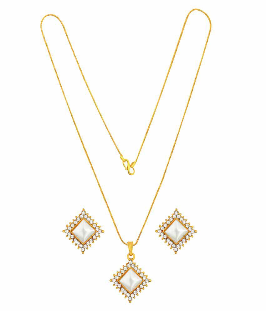 Vook Golden Necklace Set