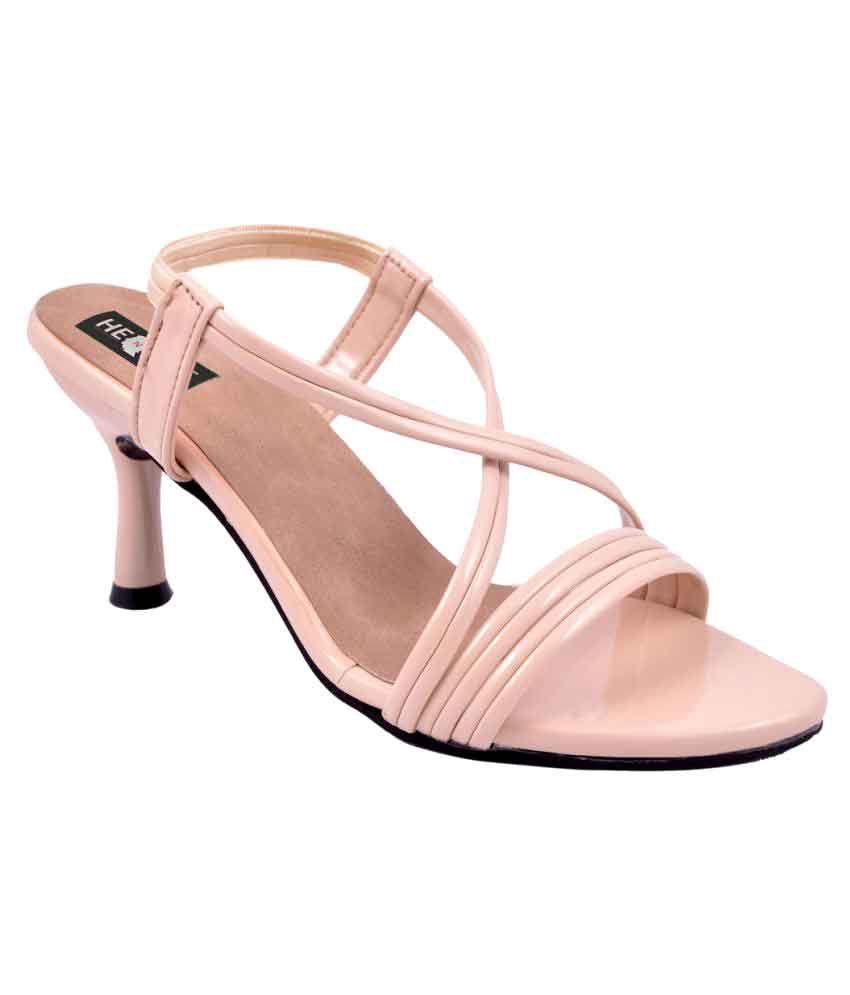 Henshe Beige Wedges Heels