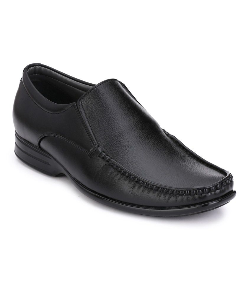 b74e25321 Leeport Black Synthetic Leather Men's Formal Shoes Price in India ...