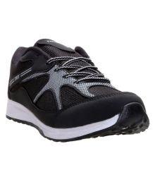 Tomcat Black Cricket Shoes