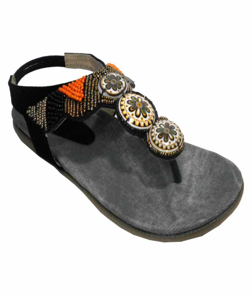 Eve Dior Black Flats