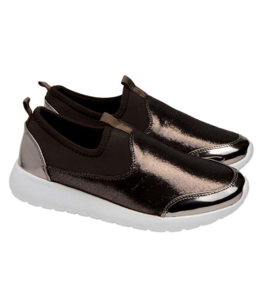 Q'BA Brown Sneakers