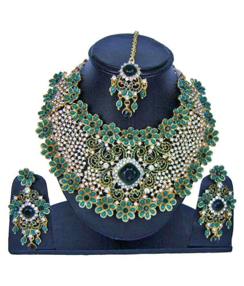 Narbh India Green Color Kundan Jewellery Necklace Earrings And ...