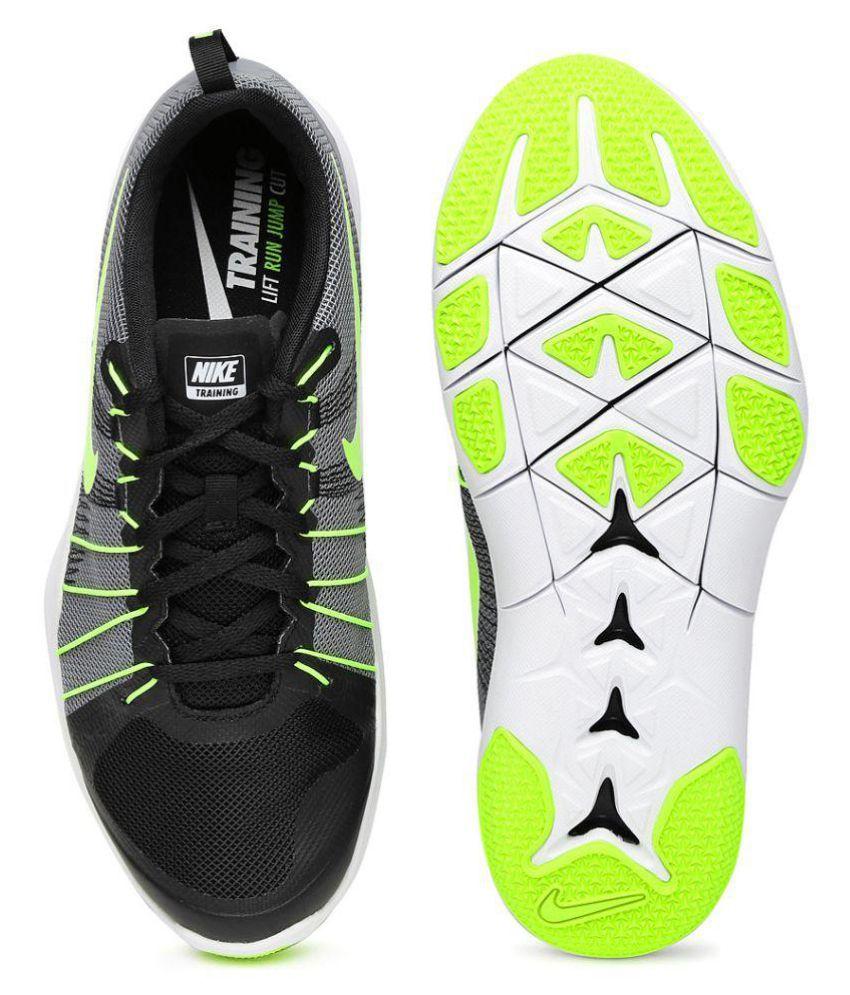 68cde9f3105e Nike Flex Train Aver Black Training Shoes - Buy Nike Flex Train Aver ...