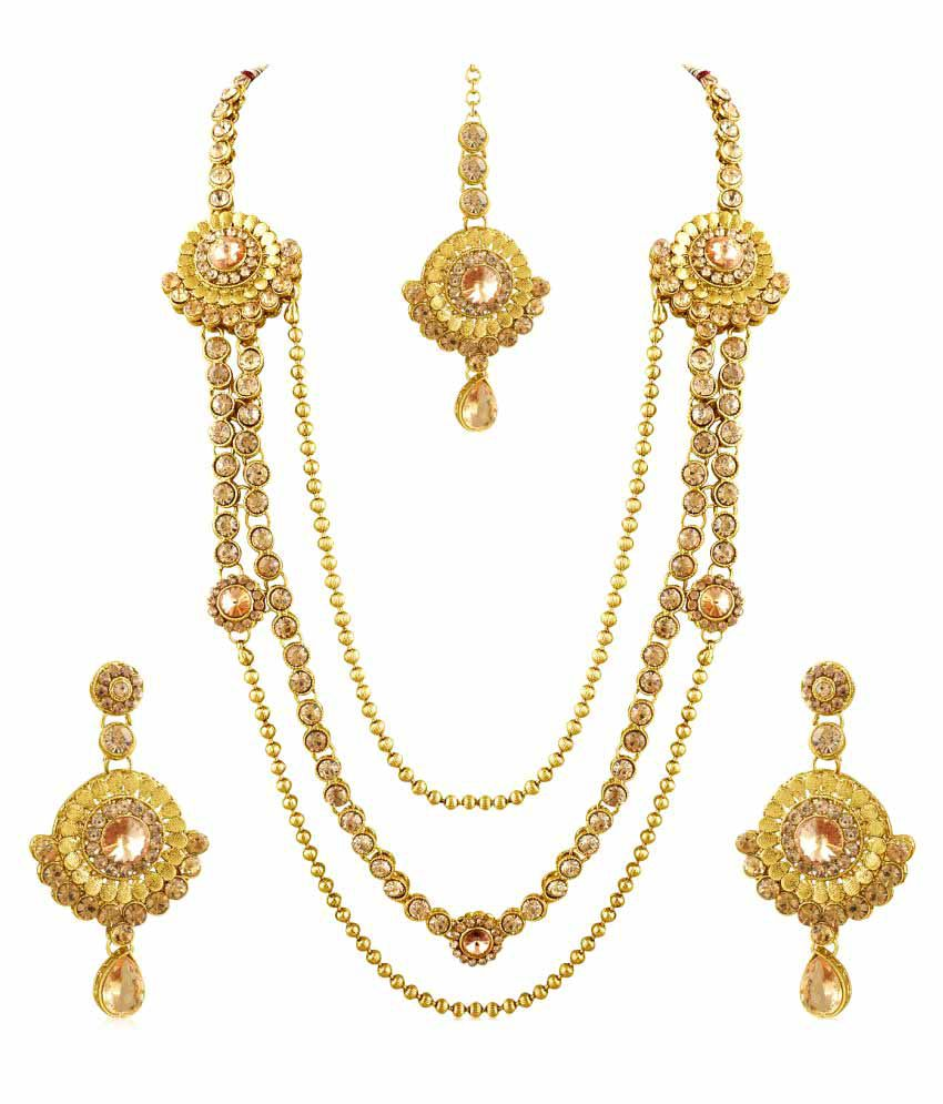 Inaya Golden Necklace Set