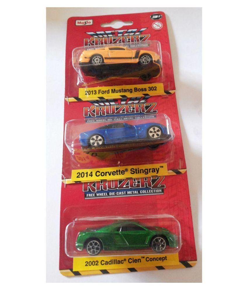 Maisto Multicolour Metal Car - Pack of 3
