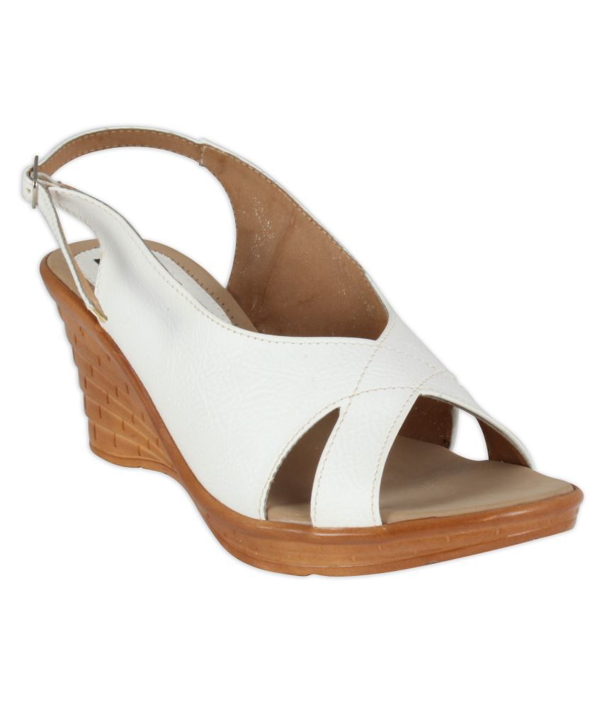 XQZITE White Wedges Heels