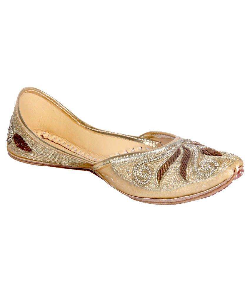 Panahi Gold Flat Ethnic Footwear
