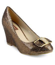 Flat n Heels Brown Wedges Heels