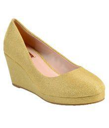 Flat N Heels Gold Wedges Heels