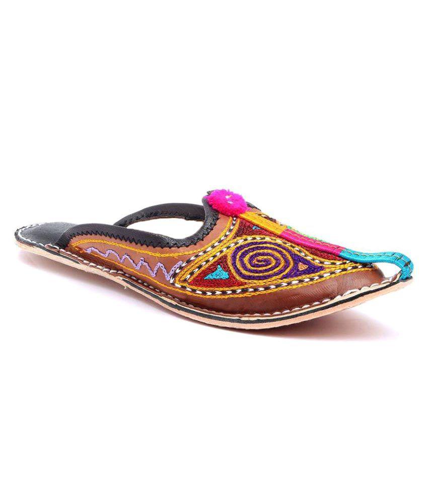 Kuhuk Multi Color Flat Ethnic Footwear