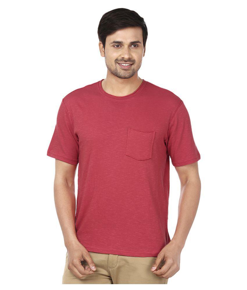 Ruse Red Round T-Shirt