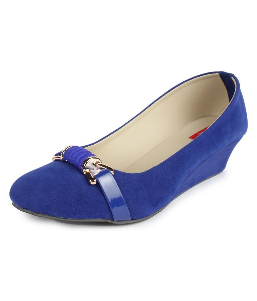 Finesse Blue Wedges Heels