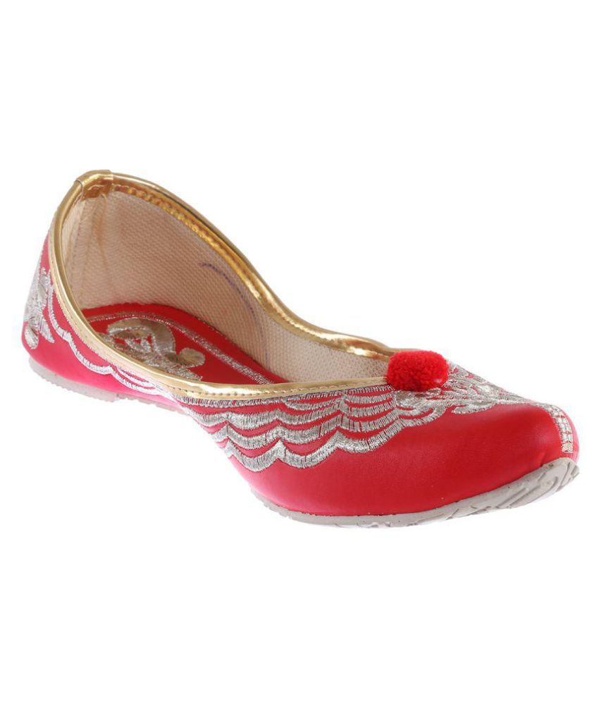 Baannaa Red Flat Ethnic Footwear