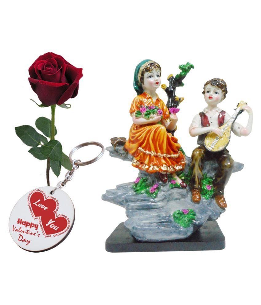 Valentine Love Gift Set Statue Printed Keychain Artyficial Rose Best