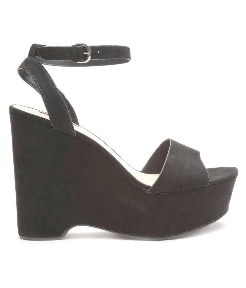 82b82a8b190 Forever 21 Black Wedges Heels Price in India- Buy Forever 21 Black Wedges Heels  Online at Snapdeal