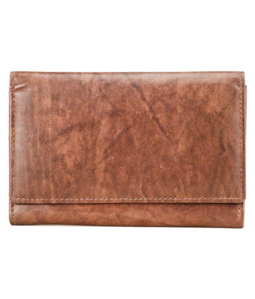 Deeya Tan Wallet