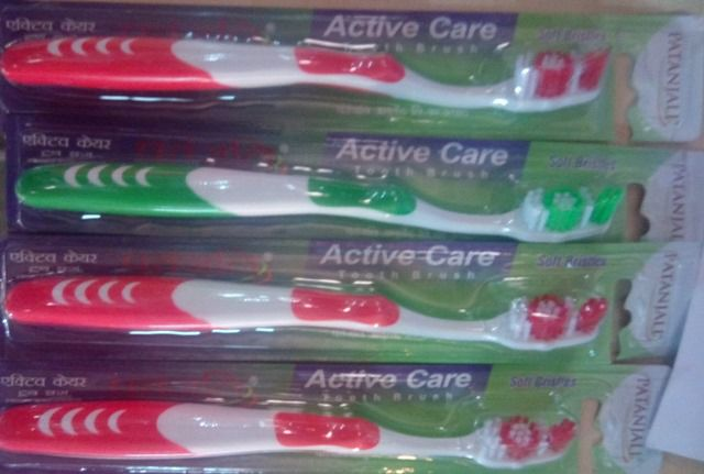 Patanjali Toothbrush Active Care (Assorted Colors)- Pack of 4