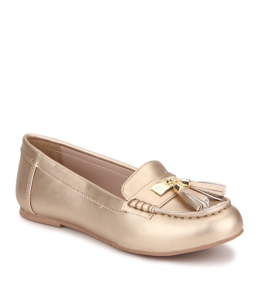 carlton gold casual shoes price in india buy