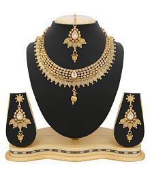 RG Fashions Golden Necklace Set with Maang Tikka For Women