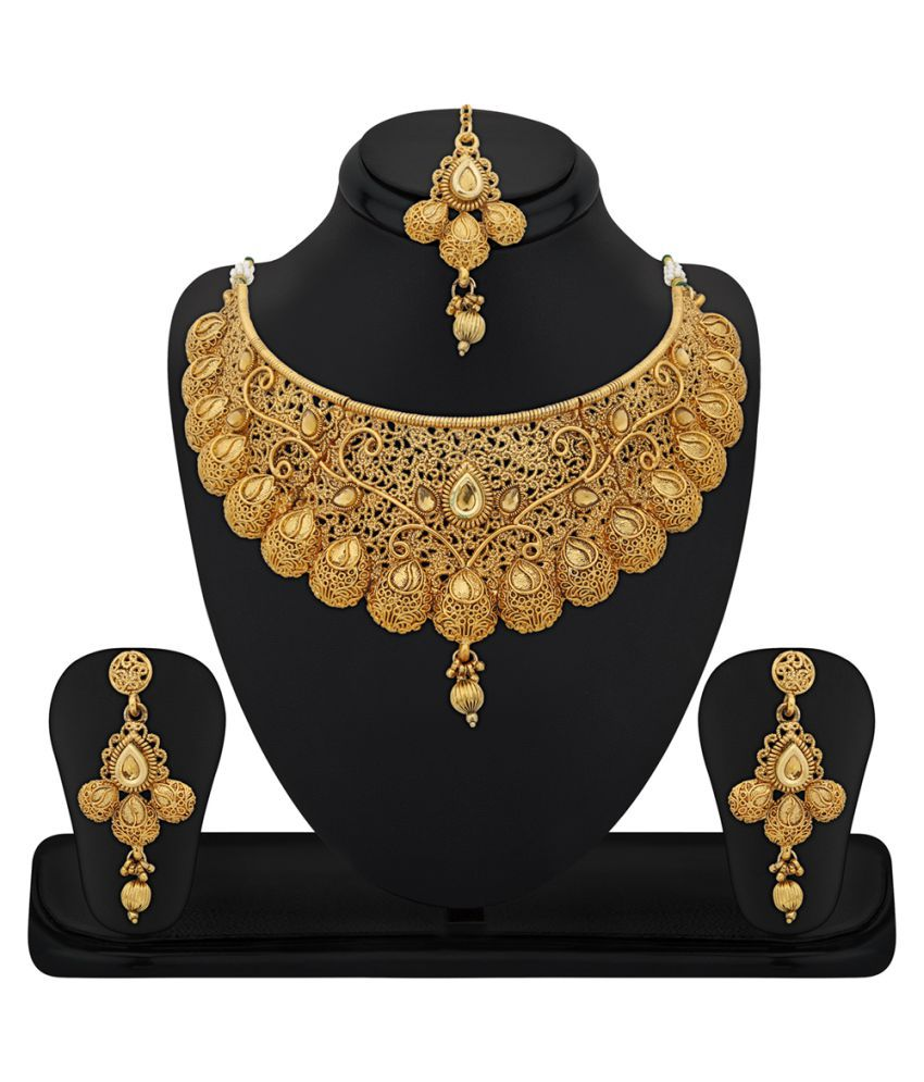 rg fashions zinc gold plated kundan golden choker necklace set with maang tikka for women. Black Bedroom Furniture Sets. Home Design Ideas