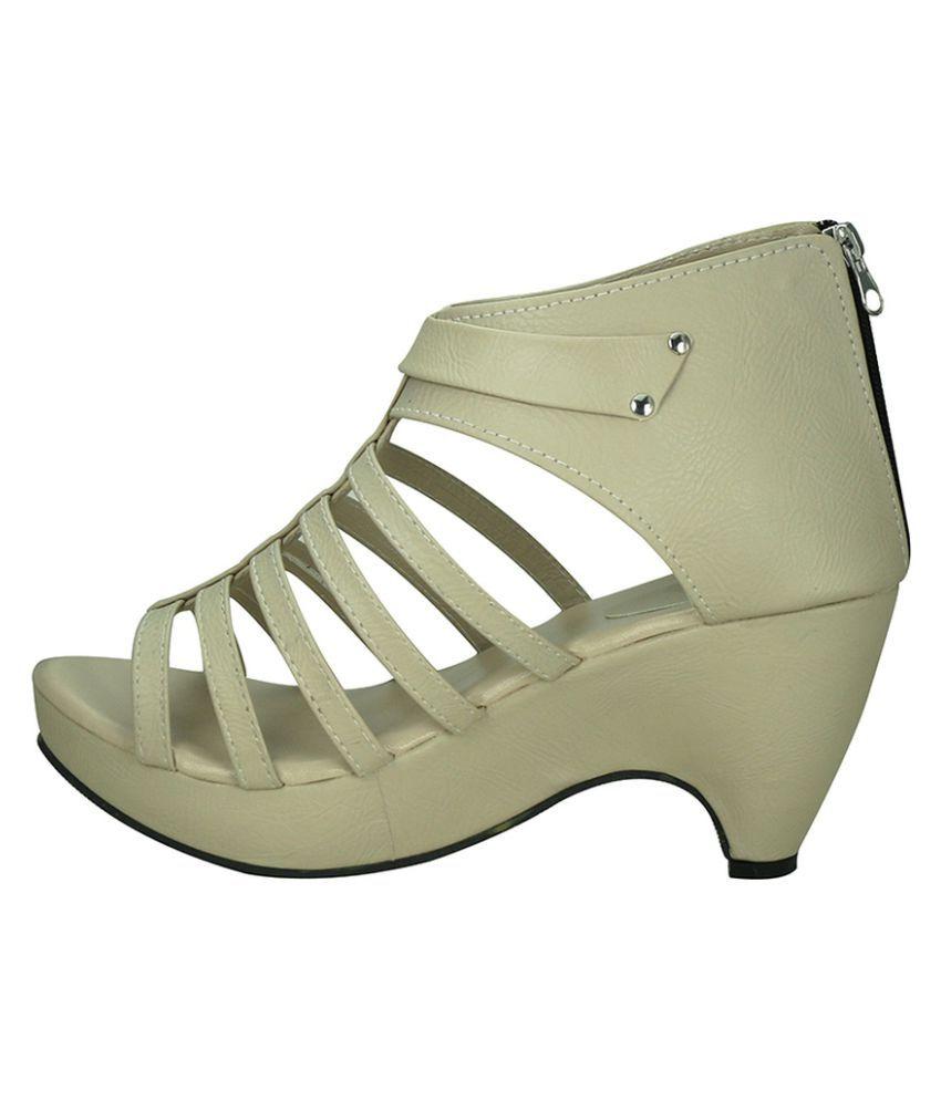 cheap nicekicks buy cheap best prices Vaniya Shoes Beige Cone Heels q4WfU624e