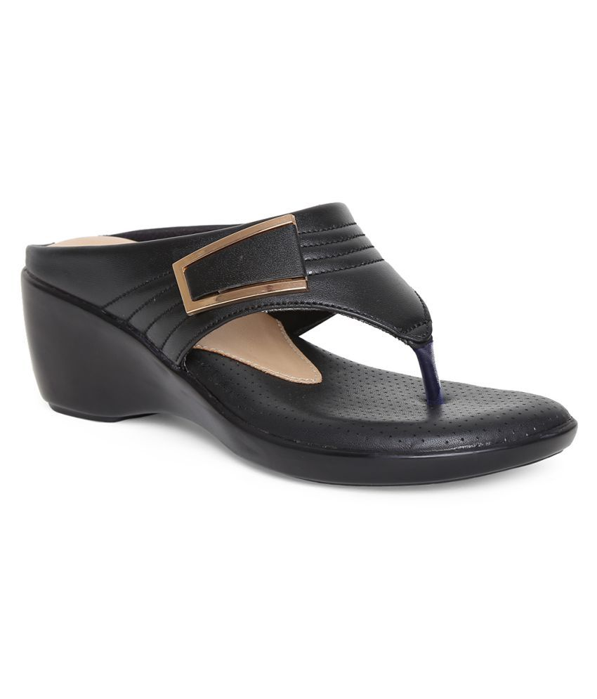 VAPR Black Wedges Heels