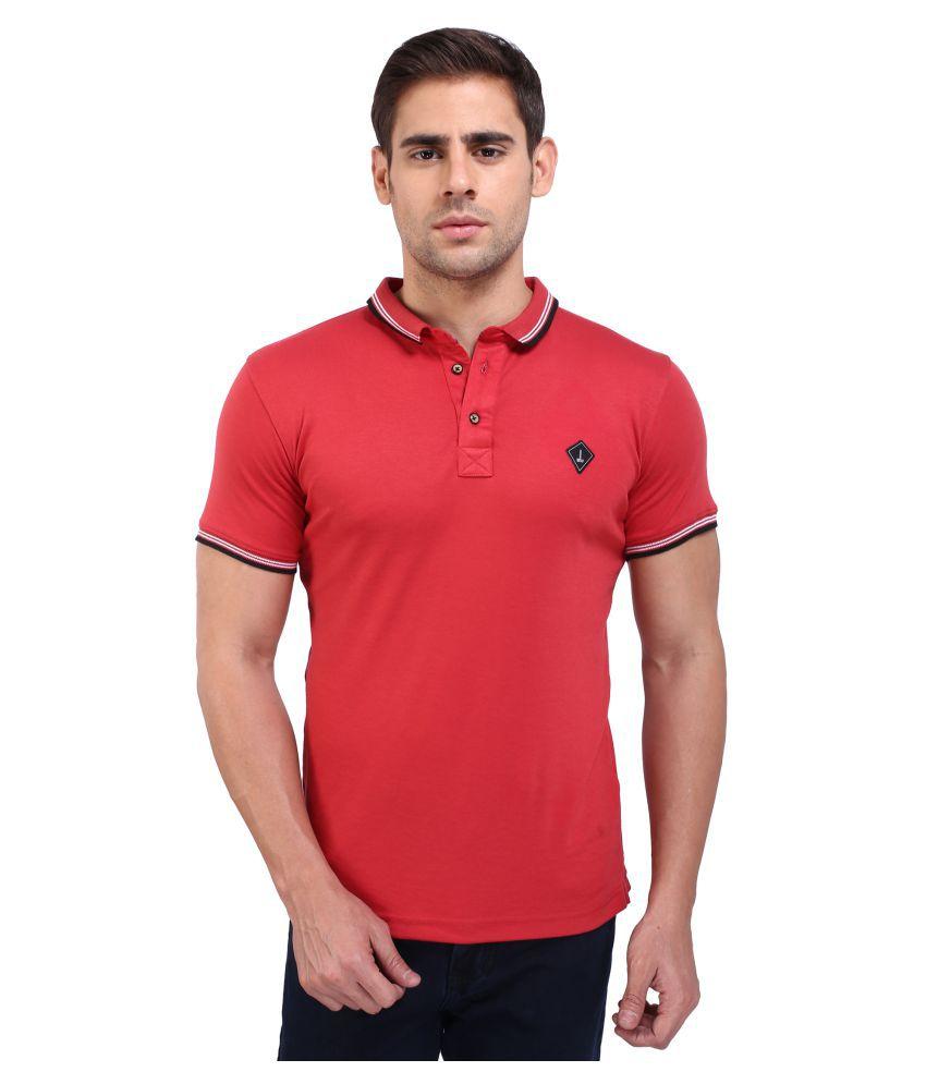 Daagwood Red Round T-Shirt