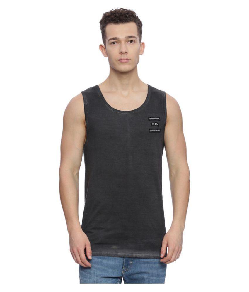 Breakbounce Black Round T-Shirt