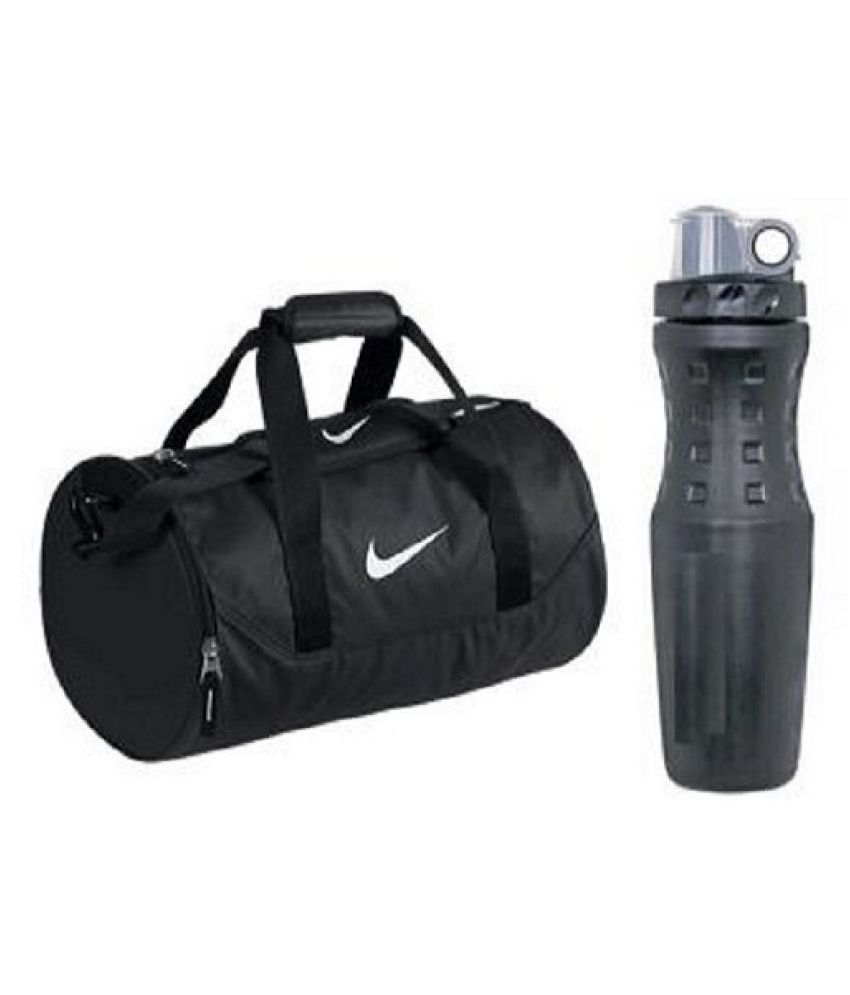 Gym Bag Nike Price: Nike Black Medium Canvas Gym Bag With Sipper -Combo