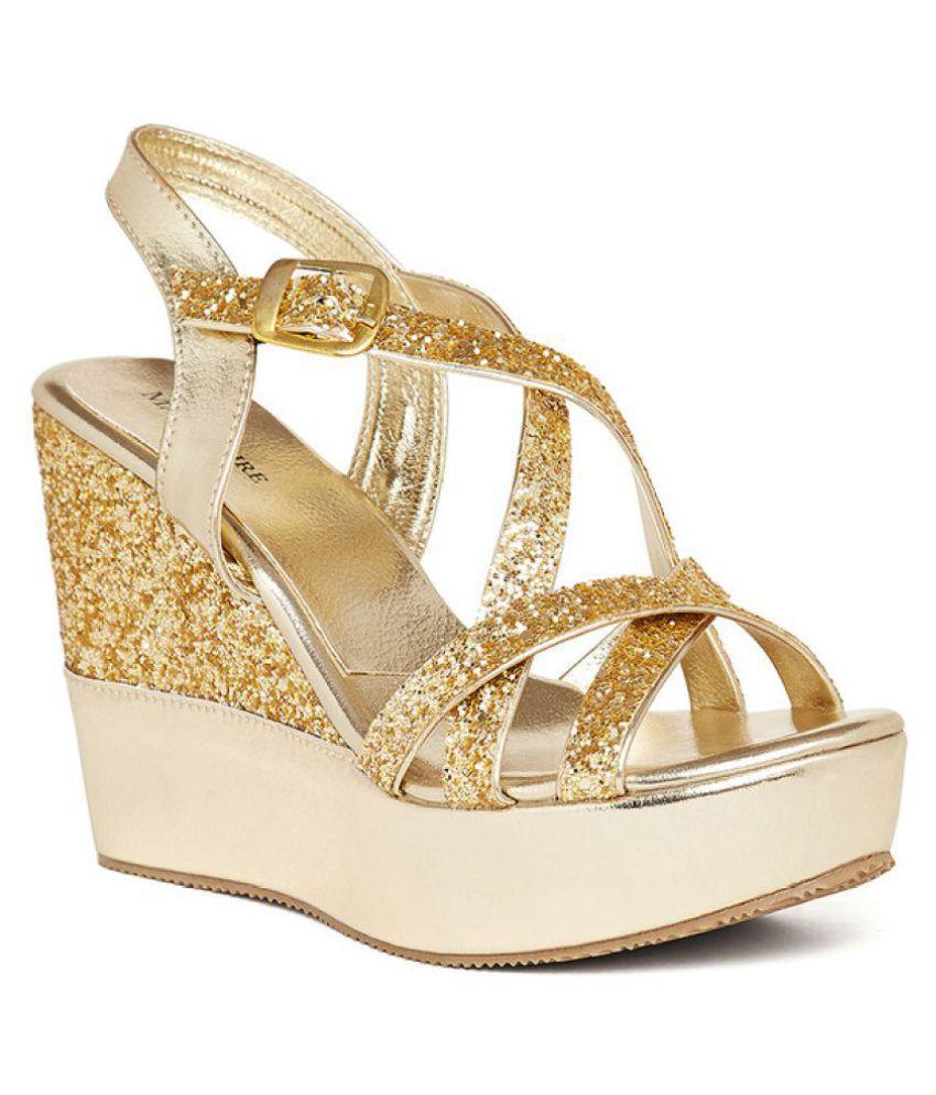 5cbf9c396e605 Image is loading Hades-SOLARA-White-Open-Toe-Strappy-Sandals-Gold-