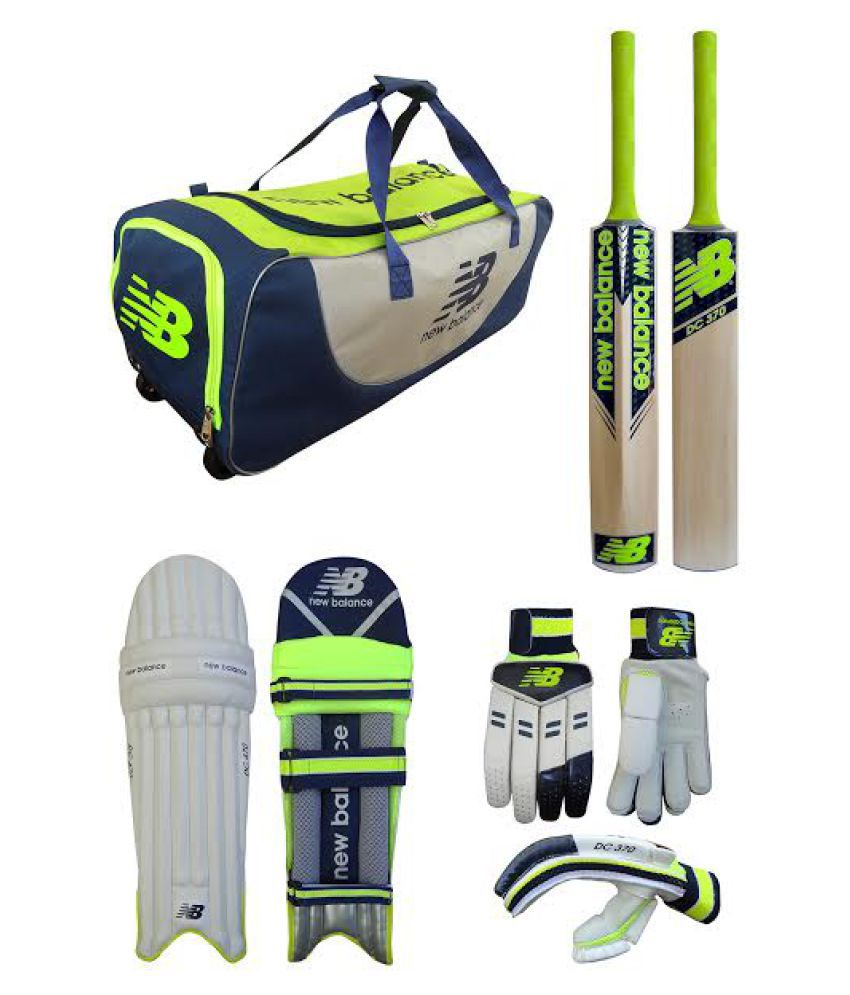 670402b5e56 New Balance Steve Smith Cricket Combo Set: Buy Online at Best Price on  Snapdeal