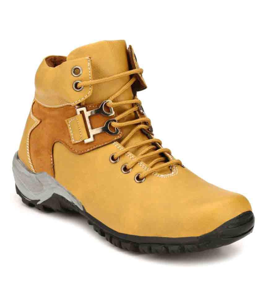 MR A P Tan Casual Boot