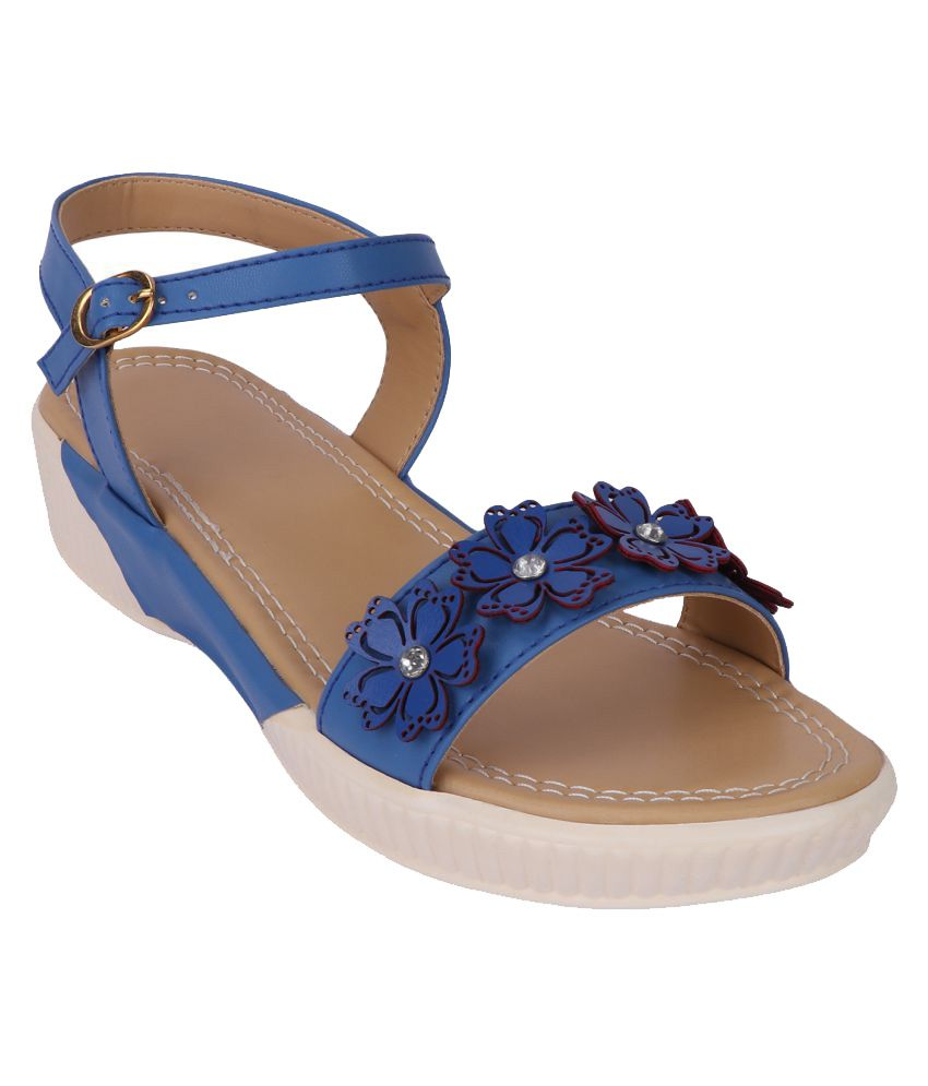 Smart Traders Blue Platforms Heels