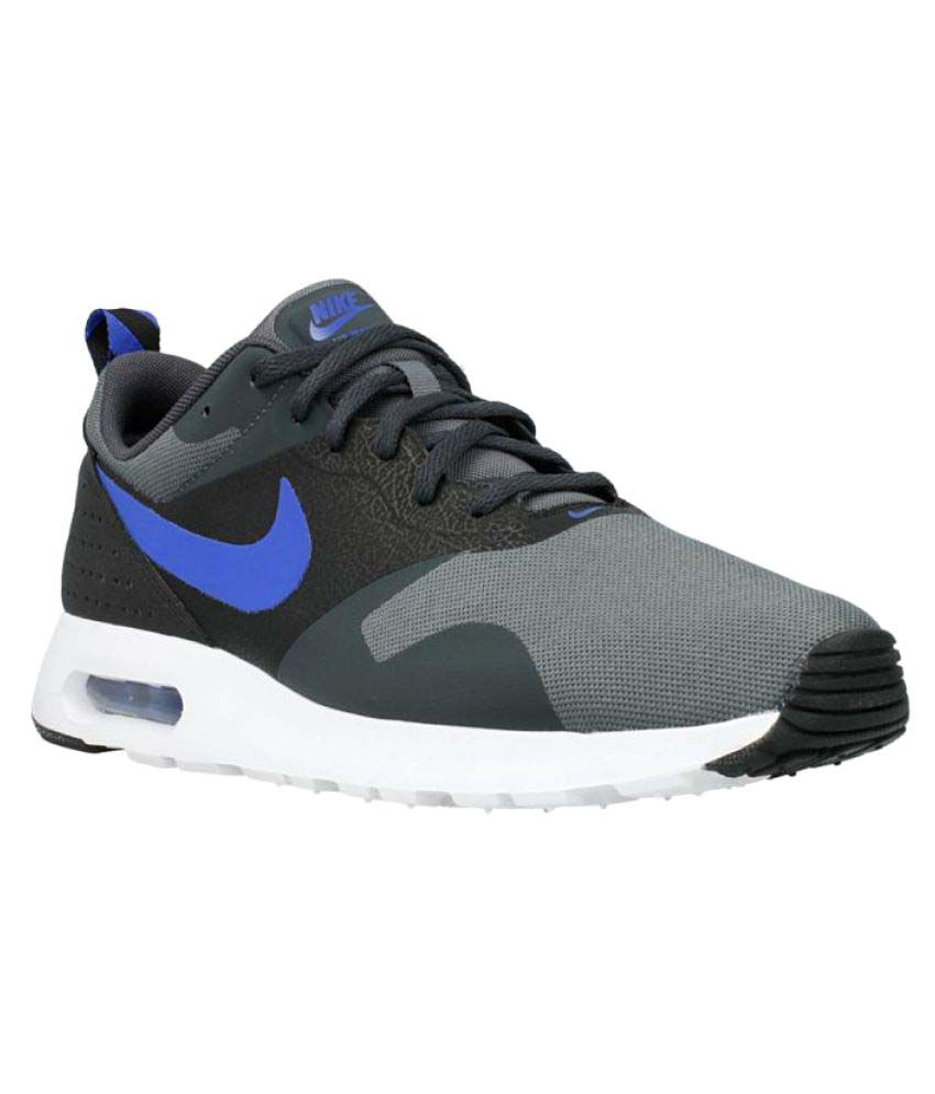 more photos 59b4c ef0ec Nike Air Max Tavas Black Running Shoes ...