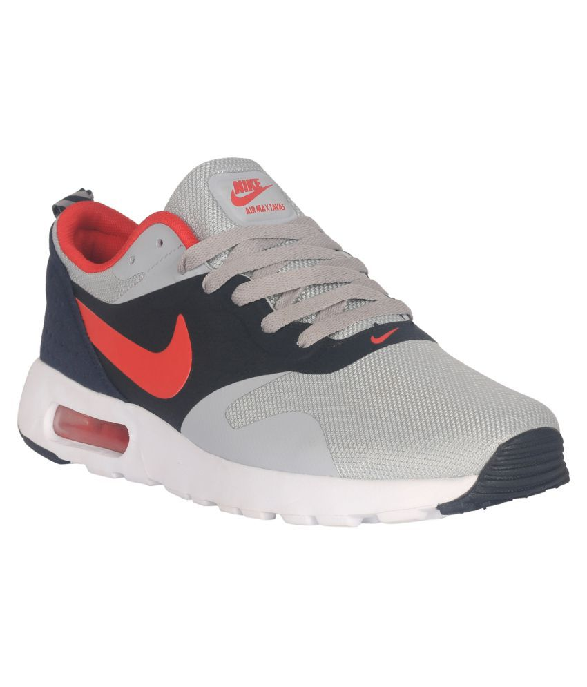 reputable site faf59 653d4 Nike Air Max Tavas Red Running Shoes - Buy Nike Air Max Tavas Red Running  Shoes Online at Best Prices in India on Snapdeal