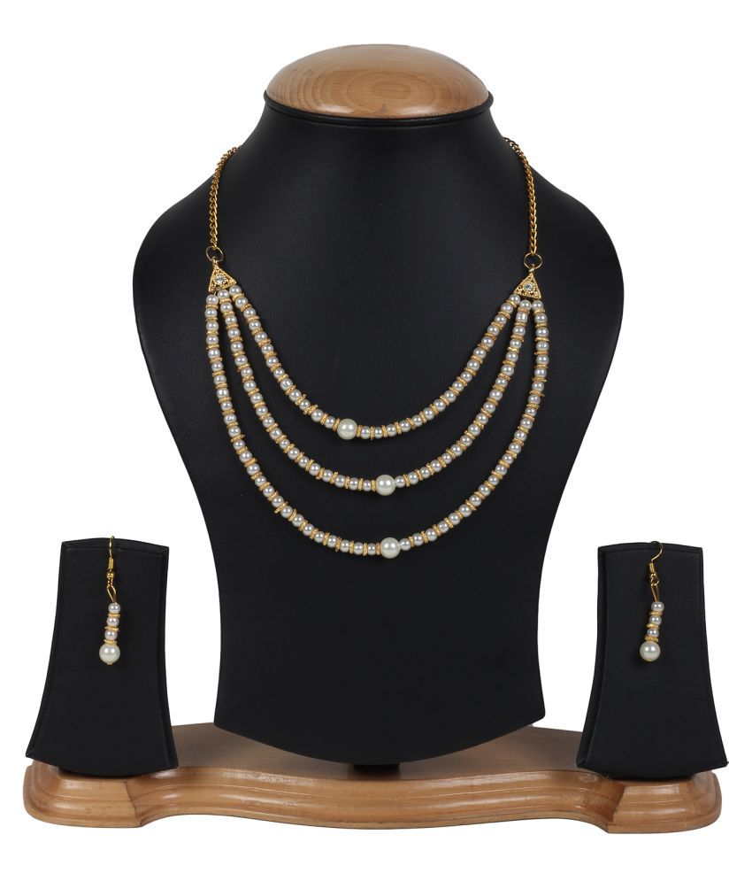 Penny Jewels Golden Alloy Necklace Set