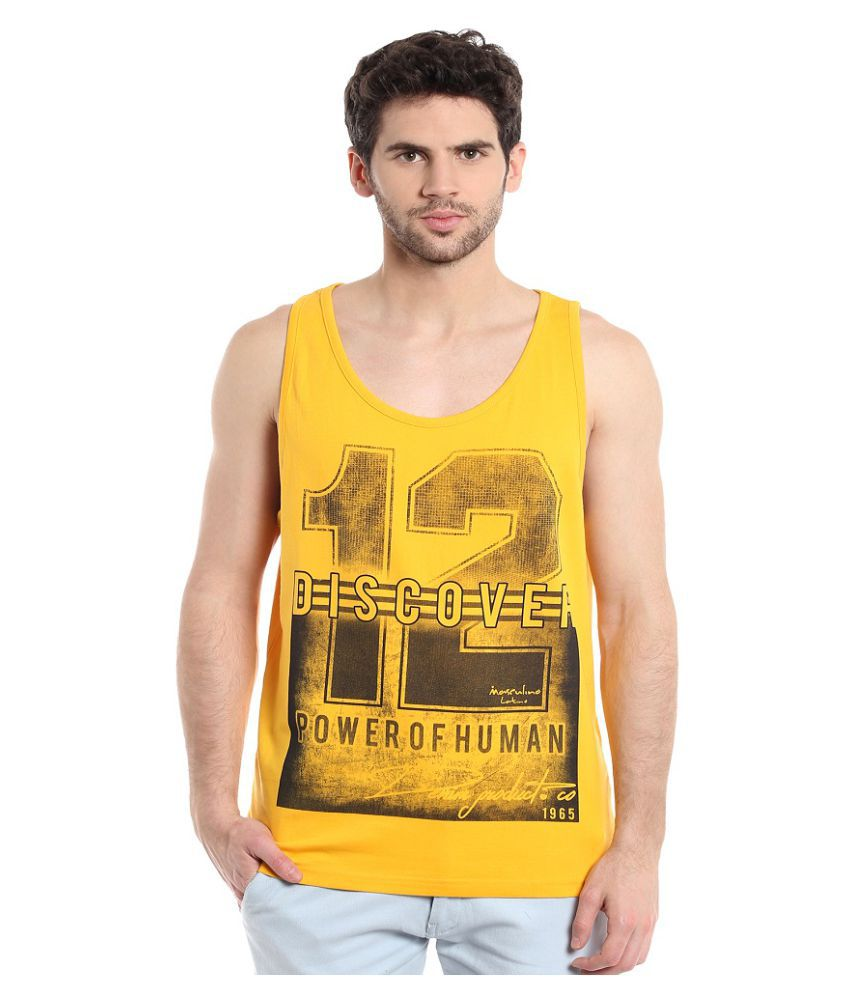 Masculino Latino Yellow Round T-Shirt