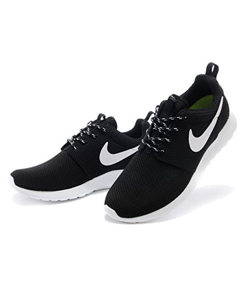 nike black sneakers snapdeal