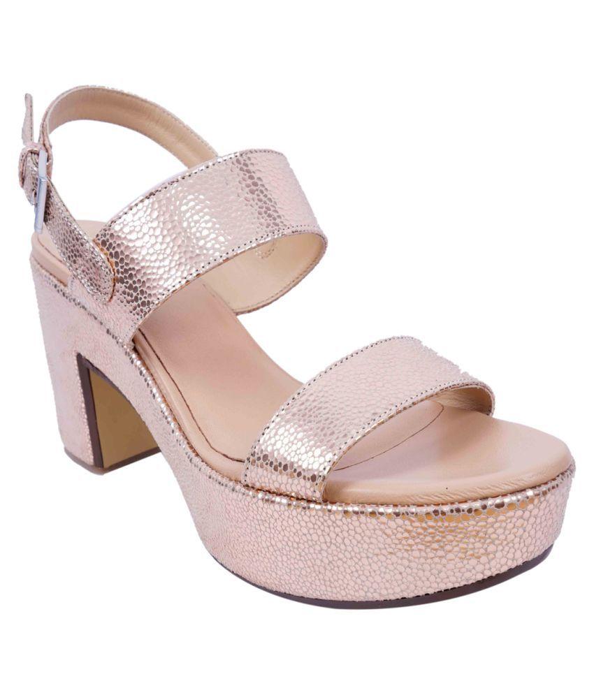 SWANSIND Gold Block Heels