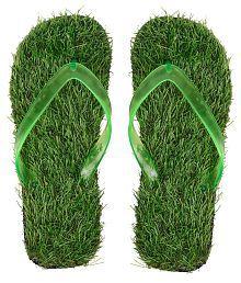 f82fdf585270 Mens Slipper  Buy Mens Slippers   Flip Flops Upto 70% OFF Online in ...