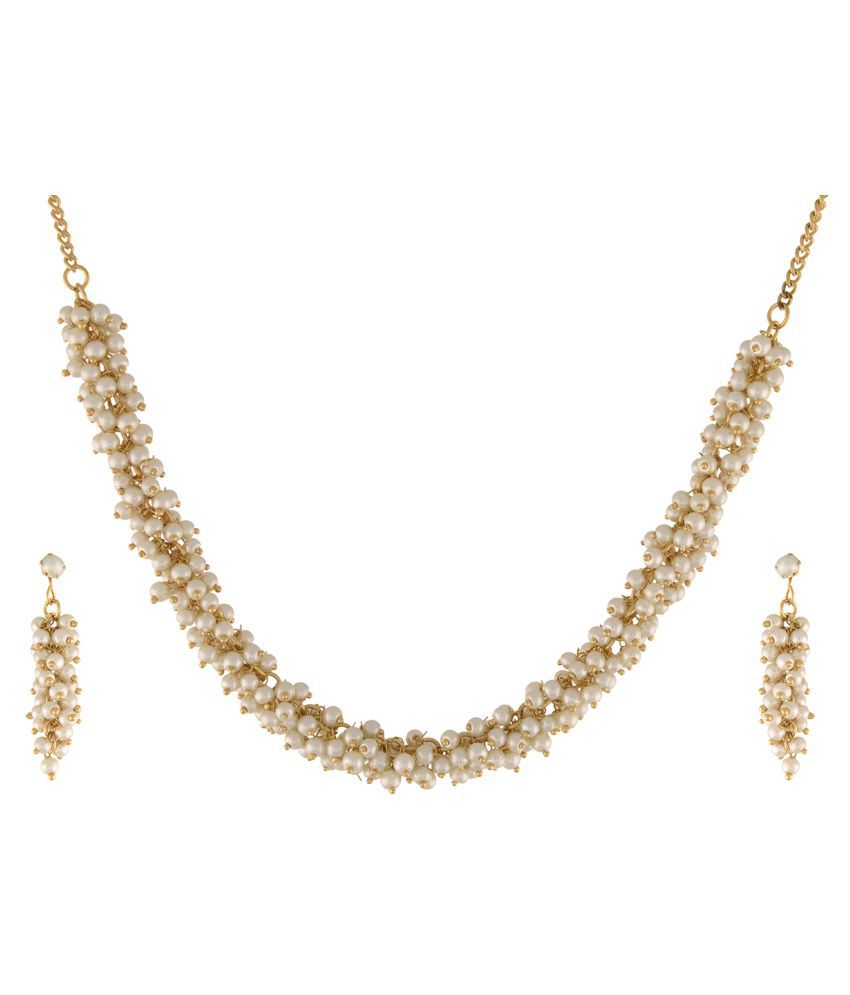 \nClassiqueDesigner Jewellery Beautiful and Simple Pearl Set