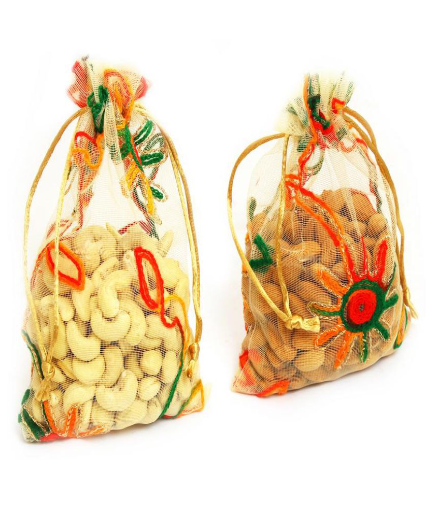 ... Ghasitaram Gifts Diwali Dryfruits Regular Almond (Badam) Gift Box Almonds Cashews Net Pouch 300