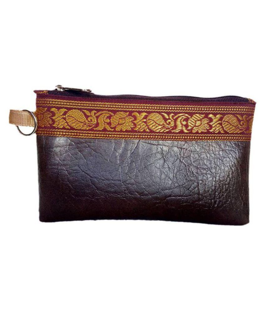 auk Brown Faux Leather Handheld