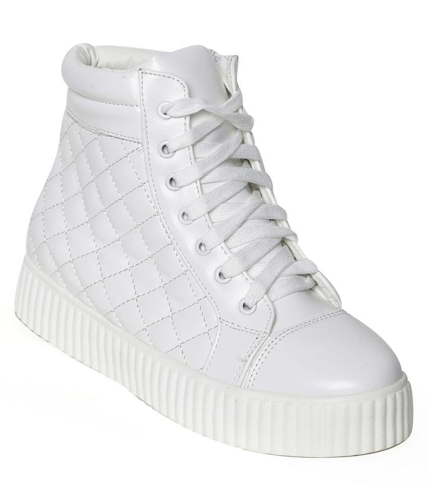 Flat N Heels White Casual Shoes