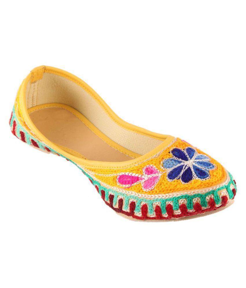 VINAYAK COLLECTION Multi Color Flat Ethnic Footwear