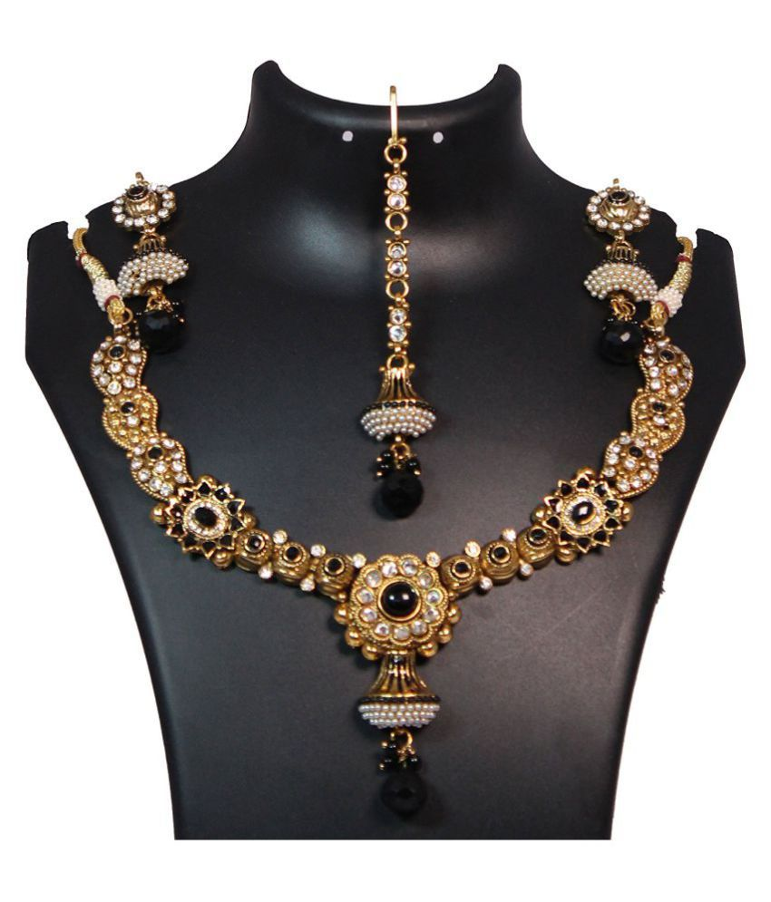 Golden Necklace Set With Black Stones With Earings & Maang Tikka MG-20